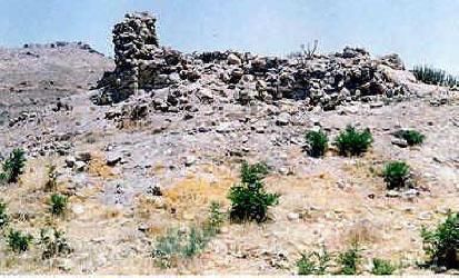 At Sassanian Niasar Chahar-Taqi