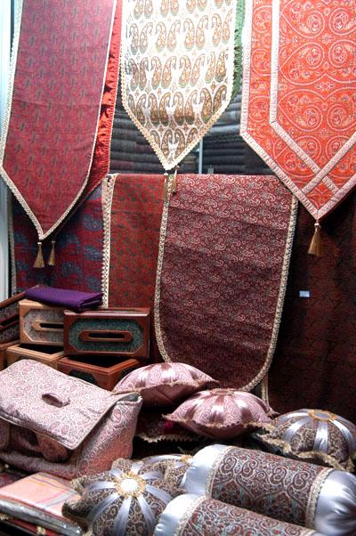 Termeh at Yazd bazaar