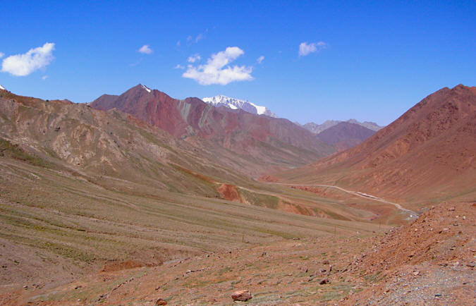 The Silk Road running through Kyzyl Art ashuu (pass) in the Pamirs